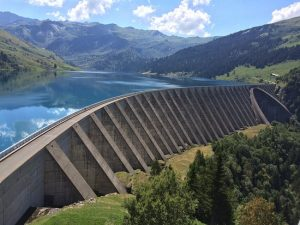 lac-et-barrage-de-roselend